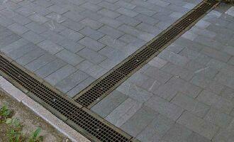 Лотки бетонные водоотводные с решетками