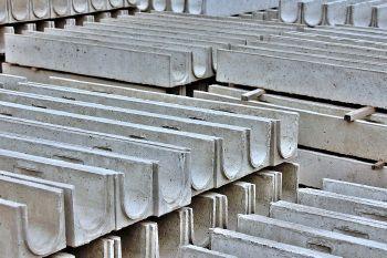 Лоток водоотводный ЛВ-10.14.13 - бетонный отправляется в путь